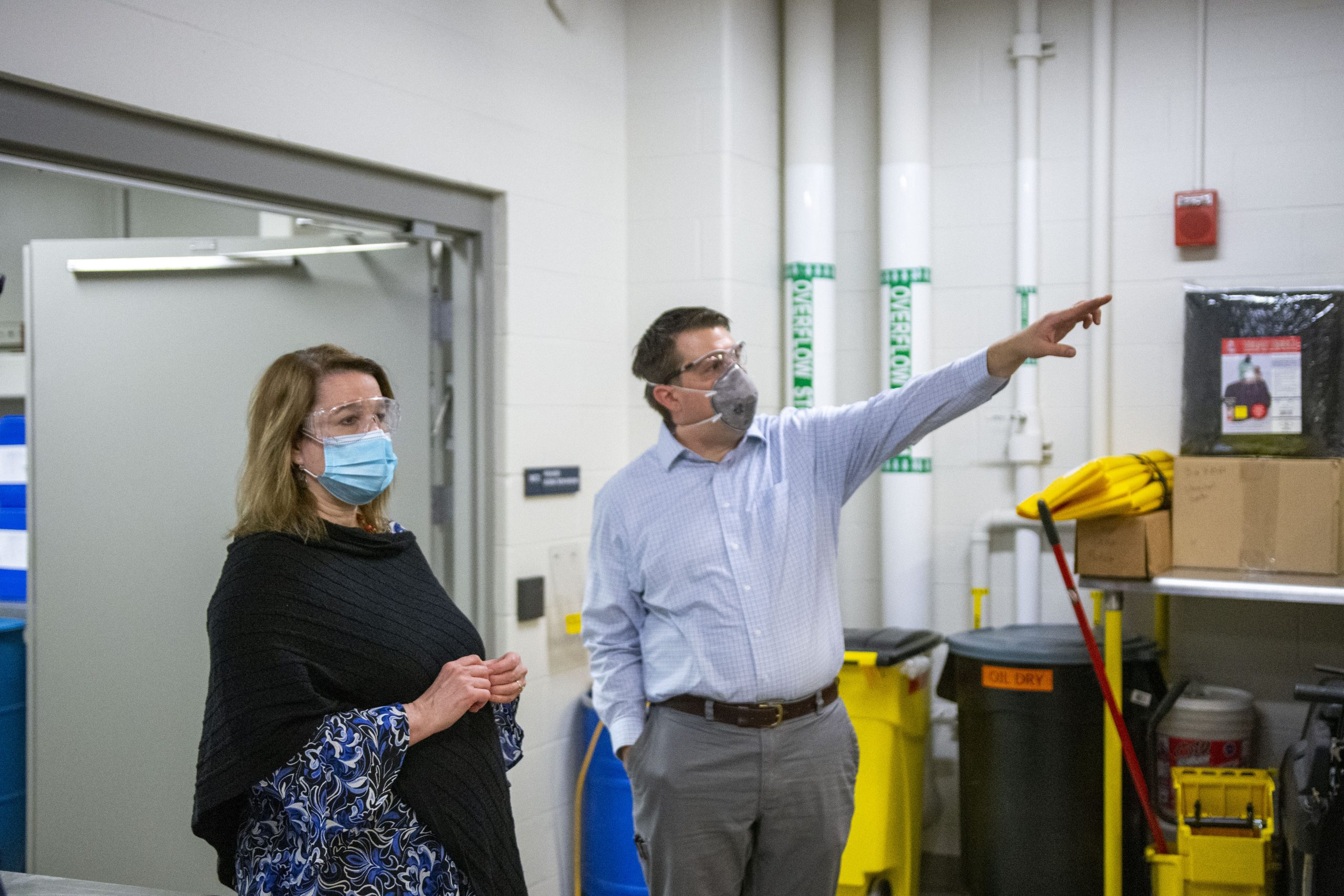 Susan Martinis, University of Illinois Urbana-Champaign Vice Chancellor for Research and Innovation, tours IBRL with Brian Jacobson, Assistant Director of Food & Bioprocessing Pilot Plant Operations.
